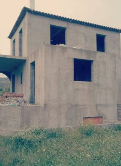 Half finished detached house - 130.000 euro