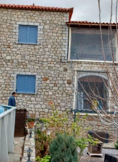 Stone detached  house - 225.000 euro