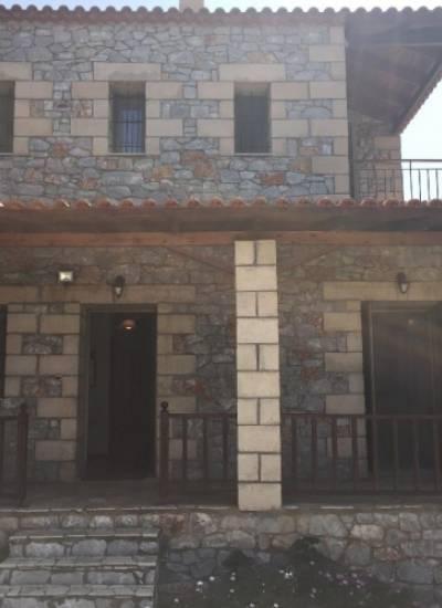 Semi detached stone house - 160.000 euro