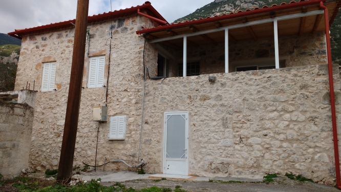 Semi-detached, Sotirianika - €50,000